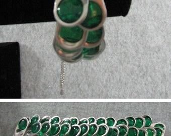 Pop Tab Bracelet - White Ribbon Bracelet with Green Pop Tabs - Crochet Bracelet - Pop Tab Jewelry - Beaded Bracelet - Ribbon Bracelet