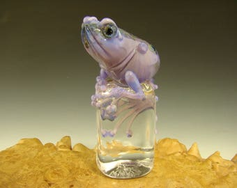 Chillin Glass Frog on Ice Paperweight Toad Figurine Sculpture Art Purple ( Ready to Ship )
