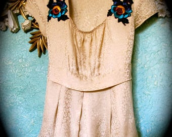 Upcycled vintage silk top, Vintage trimmed Silk blouse,  Silk Party Blouse, Appliqued 1900s Trim on Silk Blouse, Refashioned Silk Blouse
