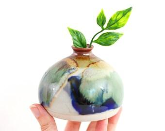 Vintage Ceramic Bud Vase / Studio Pottery Vase / Boho Home Decor / Mid Century Ceramic Vase / Small Pottery Vase / Drip Glaze Vase