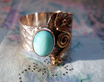 RING - Two Tone - LARIMAR - DOMINICAN Republic  - Wide  - Ornate  - 925 - Sterling Silver  - size 8 1/2   blue504