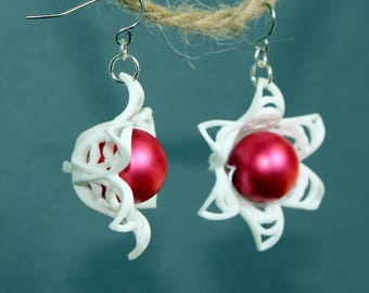 White 3D printed flower earrings. Botanical earrings. Boho flower earrings. 3D printed earrings, Pink flower earrings, white flower earrings