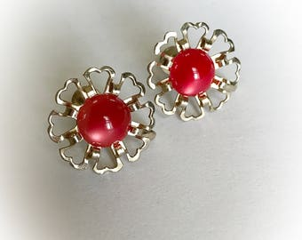 Vintage Red Moonglow Lucite Dome Flower Earrings With Gold Tone Metal Frames Screw Backs