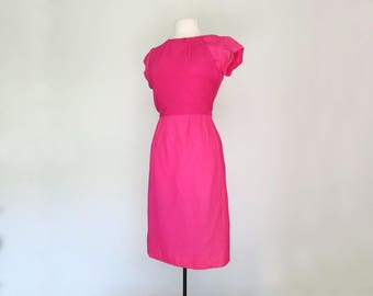 JOAN // bright pink 50s or 60s wiggle dress by Leslie Fay