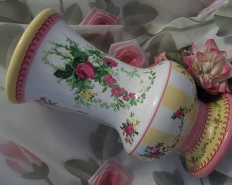 Pretty Laura Ashley Floral Isaella Roses Shabby Chic Vase  - Collectible - Home Decor - Vase - Shabby Chic - Vintage