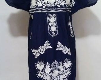 Vintage Mexican Dress Embroidered Mexican Dress