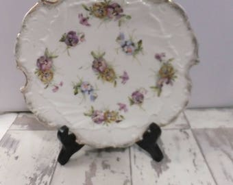 Vintage Plate Hand Painted Decorative White with Pansies Purple Blue Yellow Gold Rim Scalloped Edge Cabinet Plate Flowers