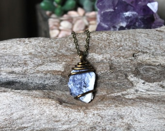 Sodalite Pendant, Raw Stone Jewelry, Indie Fashion, Festival Style, Hippie Jewelry, Sodalite Necklace, Bohemian Jewelry, Raw Stone Necklace