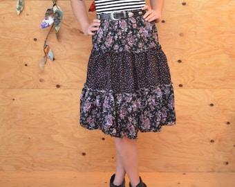 Vintage 70's Skirt Prairie Style Calico Purple & Black Tiered Floral Print SZ M/L