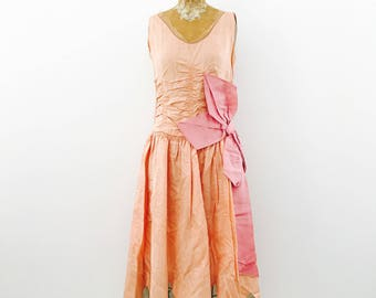 Vintage 1920s Peach Rose Gold Color Flapper Dress/Scalloped Edge/Oversized Pink Ribbon/Ribbonwork
