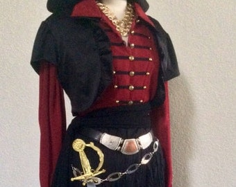 Large Deluxe Pirate Captain Costume - Adult Women's Red + Black Pirate Costume Including Belts & Jewelry - Large