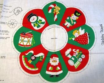 "ViNTAGE HOLiDAY WREATH CHRiSTMAS FABRiC PANEL Easy Cut n Sew Decoration 18"" x 44"""