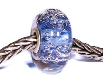 Lampwork by Anne Meiborg - Artisan charm bead small core - BHB glass bead -  Blue - 09451