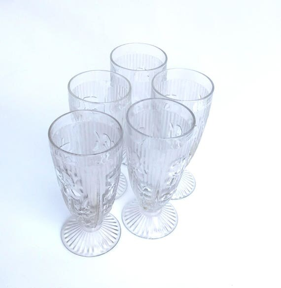 Vintage 1950's Set of 5 Pressed Glass Footed Tumblers by Jeanette in Iris and Herringbone