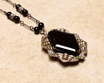 Vintage Art Deco Pot Metal French Black Onyx Pendant with Chain and Black Jet Beads