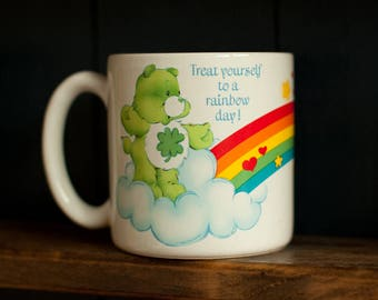Vintage 80s CARE BEAR Mug - Treat yourself to a rainbow day