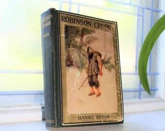 Robinson Crusoe by Daniel Defoe Vintage 1920s Book