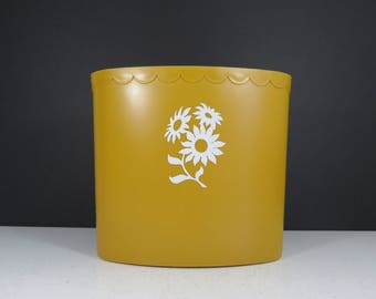 Retro Floral Trash Can // Vintage Oval Plastic Wastebasket Bin Mustard Yellow Plastic Daisy Pattern Indoor Planter Boho Decor Mid Century