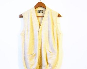 Cozy Vintage Alpaca Knit Sweater Vest / 70s Slouchy Oatmeal Knit Sweater / Button Down Alpaca Wool Sweater Vest
