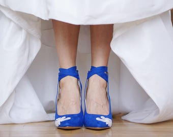 Blue wedding shoes etsy blue wedding shoesblue heelsbridal shoeswedding heelblue bridal heel junglespirit Image collections