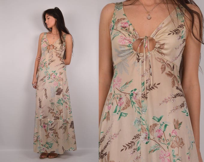 1970's Goddess Slip Dress / boudoir gown