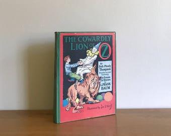 vintage 1939 cowardly lion of oz book