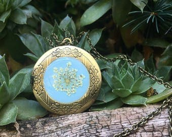 something blue ideas, blue locket necklace, locket for wife, botanical jewelry, pressed flower locket, rustic wedding, romantic gift for her