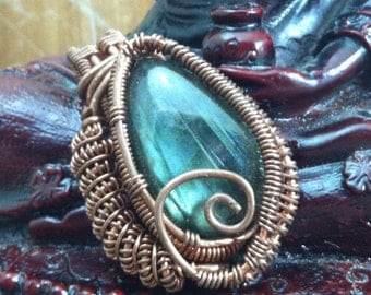 labradorite wire wrap pendant /  wire wrapped labradorite pendant / copper wire wrapped labradorite