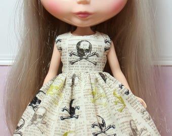 BLYTHE doll Halloween party dress - olive newsprint skulls