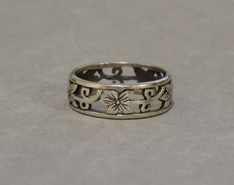 vintage wedding ring band sterling silver art nouveau flowers cut out metal size 825 marked 925 - Vintage Wedding Ring