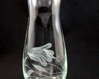 Etched Glass Vase - Flowing Flower