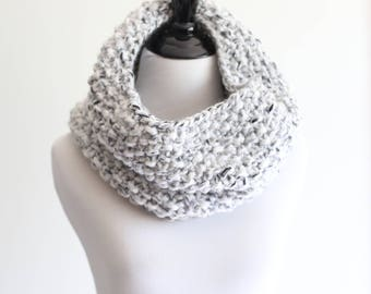 Infinity Scarf, Chunky Knit Cowl in White Marble - The San Francisco