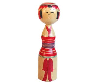 Adorable Vintage Kokeshi Doll. Dento Kokeshi. Yajiro Kokeshi. Handmade Wooden Doll. Japanese Doll. Vintage Japanese. Kokeshi. Traditional.