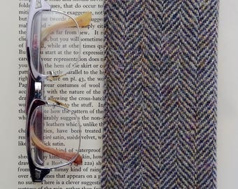 Grey Herringbone Tweed Glasses Case with Cleaning Cloth
