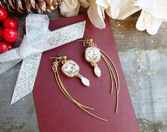Gold Earrings. Swarovski Crystal Jewellery. Swarovski Crystal Stud Earrings. Crystal Stud Earrings. Holiday Earrings. Swarovski Earrings.