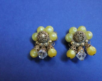 Yellow Lucite and Filigree ClipOn Earrings c1960s