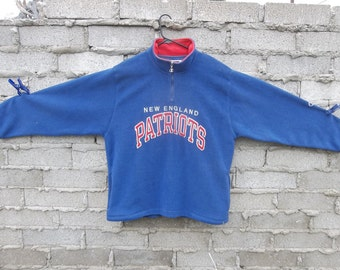 Vintage Sweatshirt Patriots Champion Brand 1990s XL Football Large Font Logo Letters Sports Athletic Warm Comfortable Casual Shirt