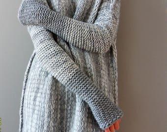 Oversized  Alpaca Chunky knit sweater. Oversized Loose knit sweater. Thumb holes sweater. Turtleneck women sweater.