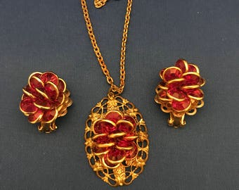 Vintage Pink and Gold Necklace and Earring Set