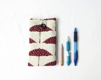 Iphone 8 plus case, IPhone 7 plus cover, padded IPhone sleeve, hand printed fabric, IPhone 6 sleeve, Christmas gift, handmade in the UK