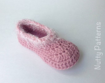 Crochet Pattern * Holland Slippers * Instant Download Pattern #442 * Children * sizes 8-13 * Fast and Easy * Pdf * house slippers