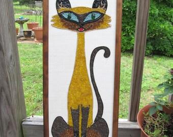 Vintage Pebble Art Siamese Cat / Vintage Cat Wall Hanging / Mid Century Colored Gravel Art / Retro Home Decor