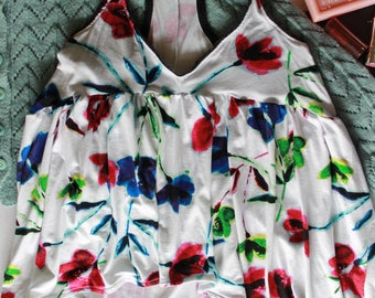 White floral tank top, bohochic colorful top, flowy hippie tank top