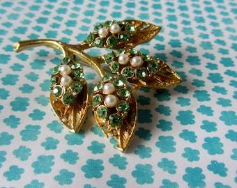 Vintage TURQUOISE & PEARL leaf brooch pin, gold leaf brooch, sparkling pearl brooch, Vintage brooch pin, huge leaf rhinestone brooch pin