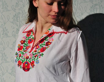 Hungarian blouse, Hungarian top, peasant blouse, peasant top, peasant shirt, bohemian blouse, vintage peasant blouse