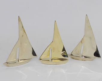 Sailboats Sail Boats Solid Brass Figurines Sculpture Nautical Gold Sailing Vessel 3 Ships Boating Collectibles Marine Mariner Office Decor