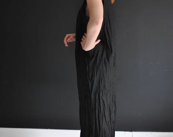 Handmade black linen shift dress, ROSALY, twisted for a crinkled look, tube dress in many colors ready to be shipped