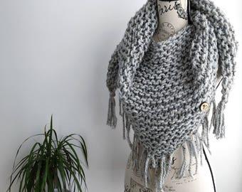 READY TO SHIP Light grey Triangle fringed scarf shawl, grey tweed triangle scarf, triangle scarf, fringe, fringe scarf, triangle fringe scar