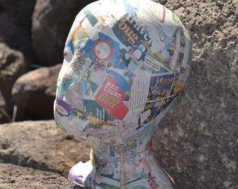Cartoon Paper Maiche Hat Head stands