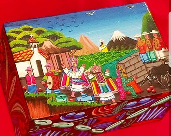 Hand painted jewerly box from Ecuador